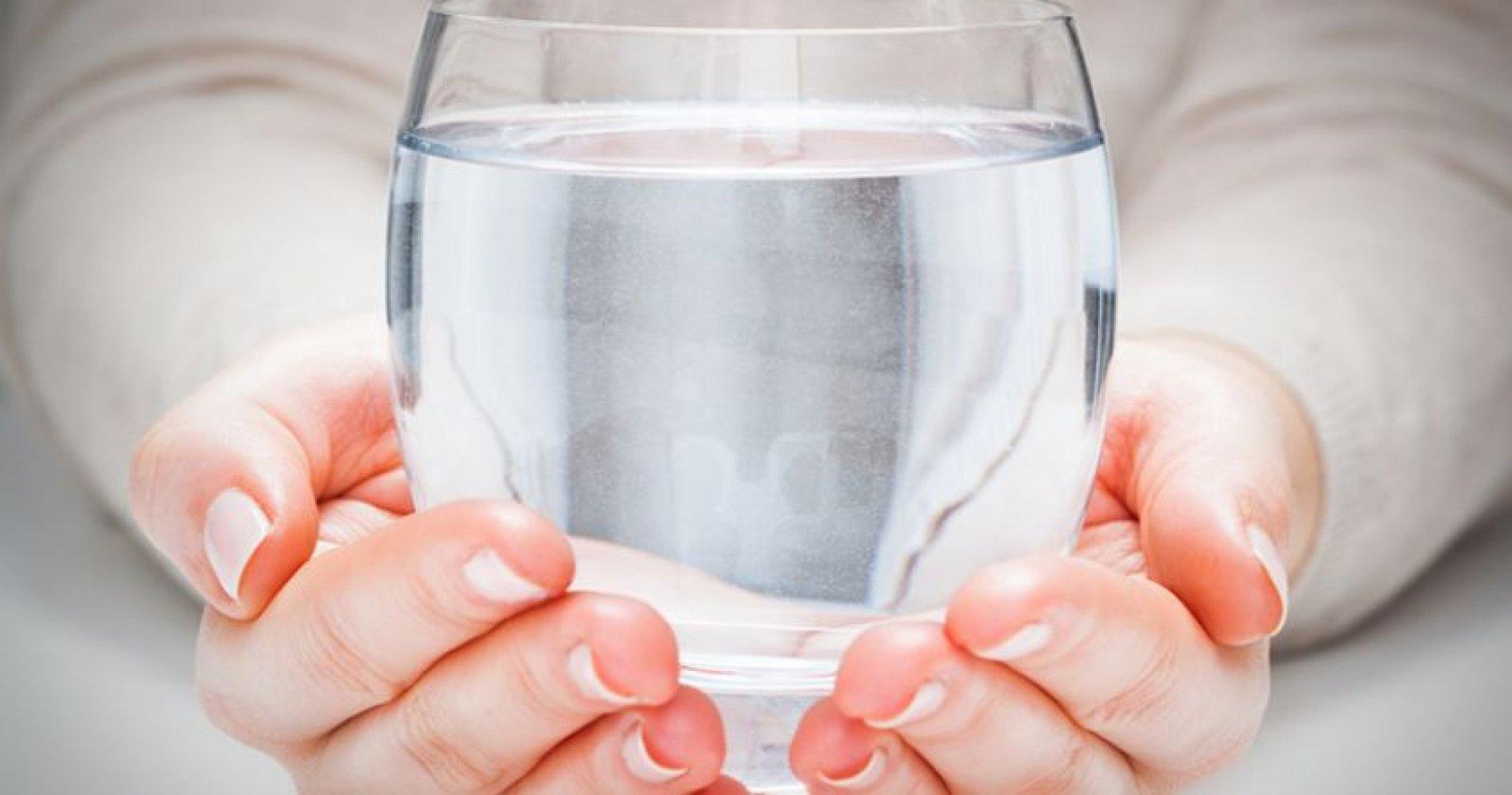 Как пить воду в холодное время года?